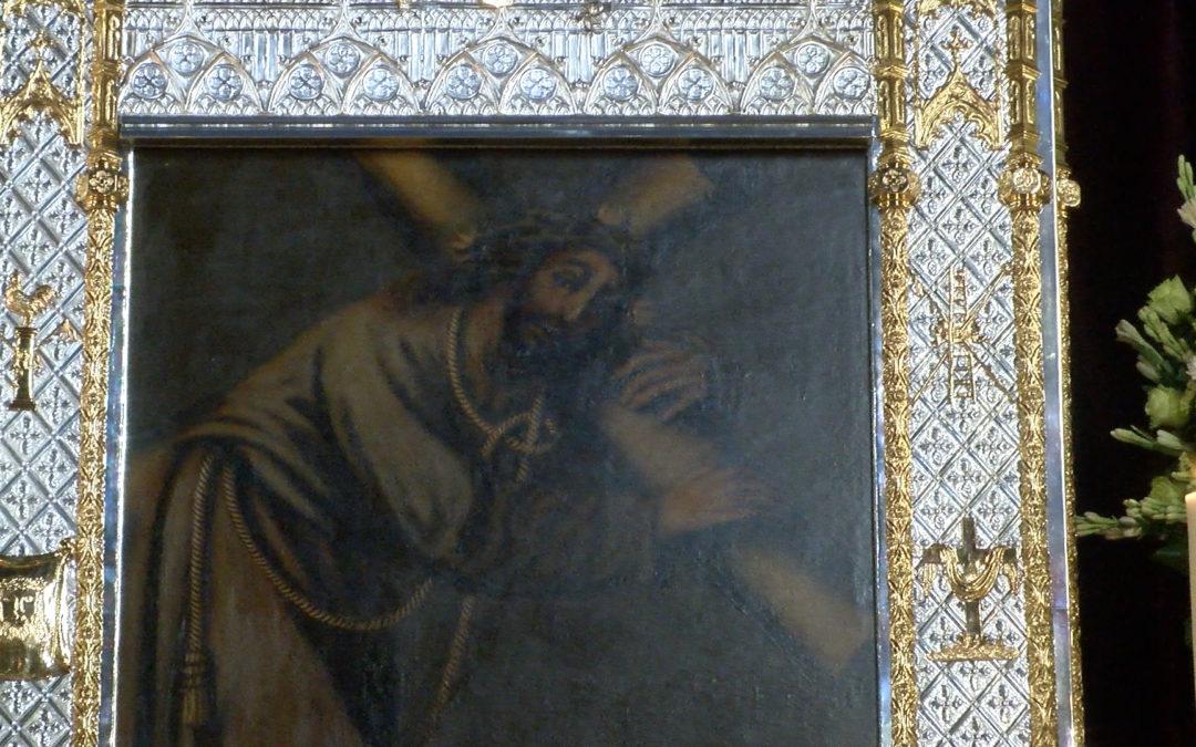 Bendición del tapiz en el primer día de Triduo de Nuestro Padre Jesús