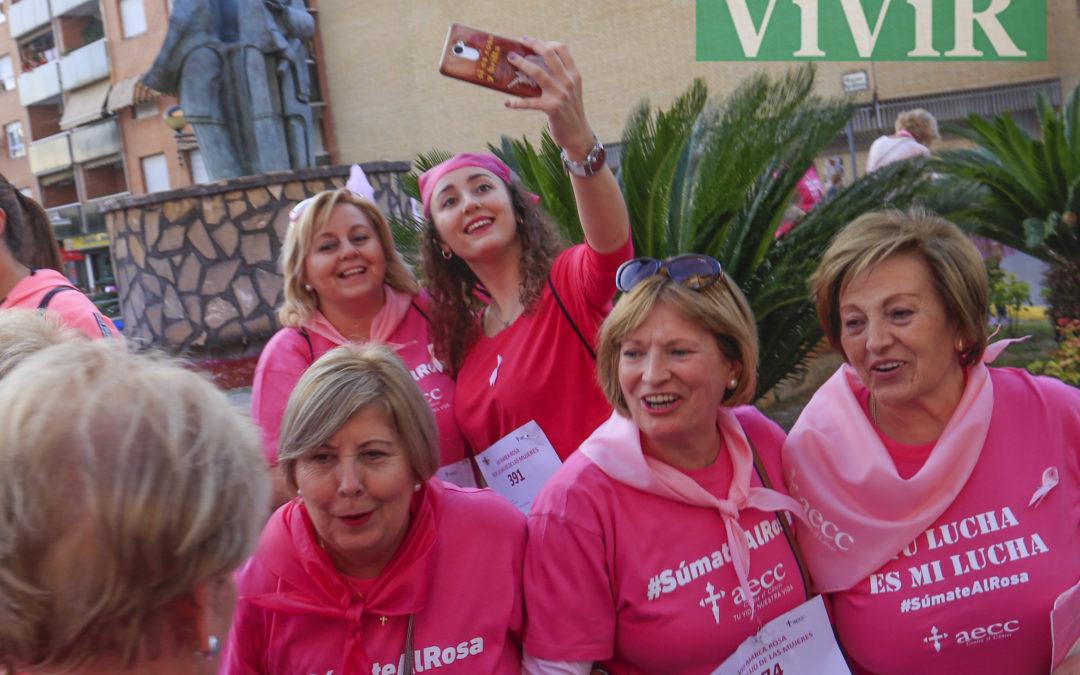 Martos se vistió de rosa contra el cáncer