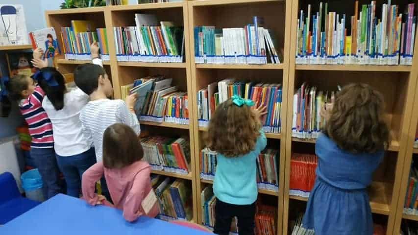 Cuentacuentos y talleres para celebrar el Día de la Biblioteca