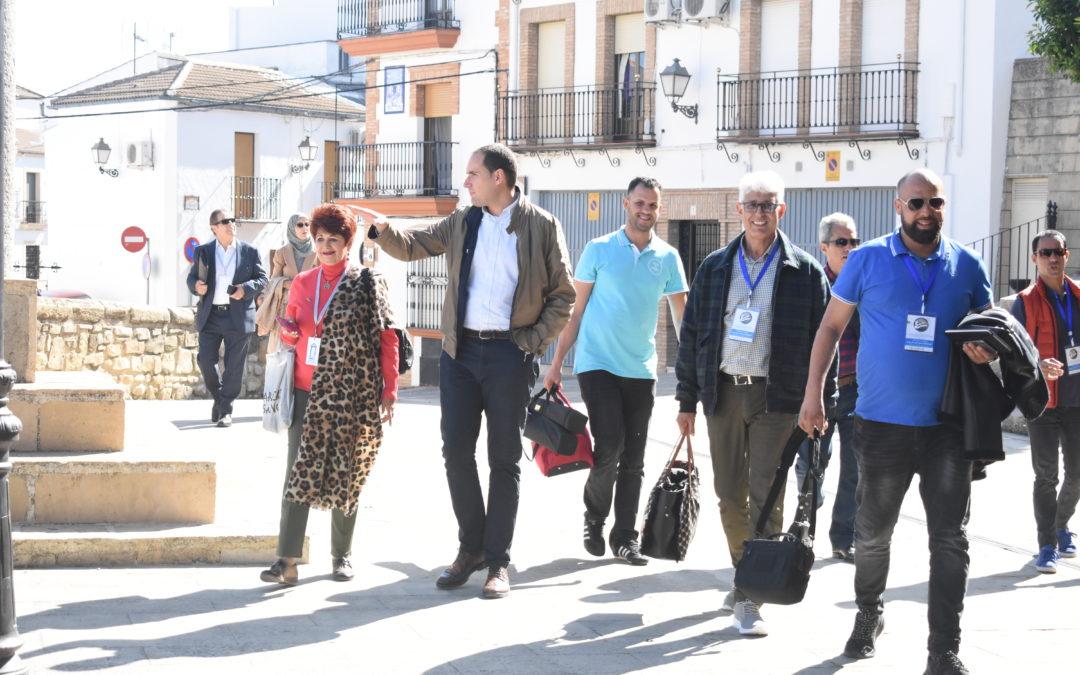 La caravana cultural Mekki Moursia desembarca en Arjona con medio centenar de artistas
