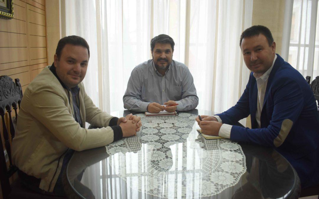 El diputado provincial Daniel Campos se reúne con el alcalde de Marmolejo