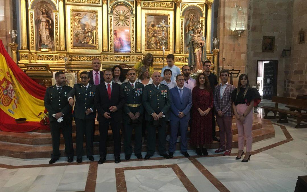 Los miembros de la Corporación Municipal de Villanueva de la Reina se suman a los actos del 12 de octubre, Día de la Hispanidad