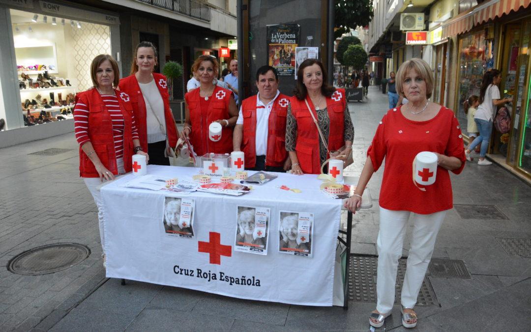 Cruz Roja recauda 1700 euros en el Día de la banderita