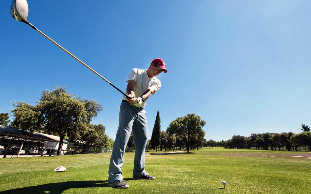 Linares también se promociona a través del golf