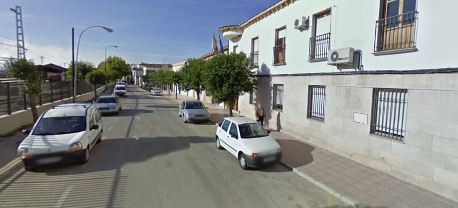 Rifirrafe a cuenta del sueldo de la alcaldesa pedánea de Linares-Baeza
