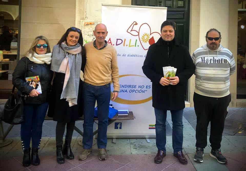 Adili conmemora en la calle el Día Mundial de la Diabetes