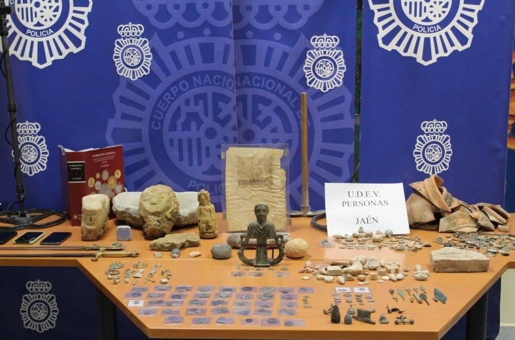 Detenido un hombre en Andújar por expoliar piezas de varios yacimientos arqueológicos de la provincia