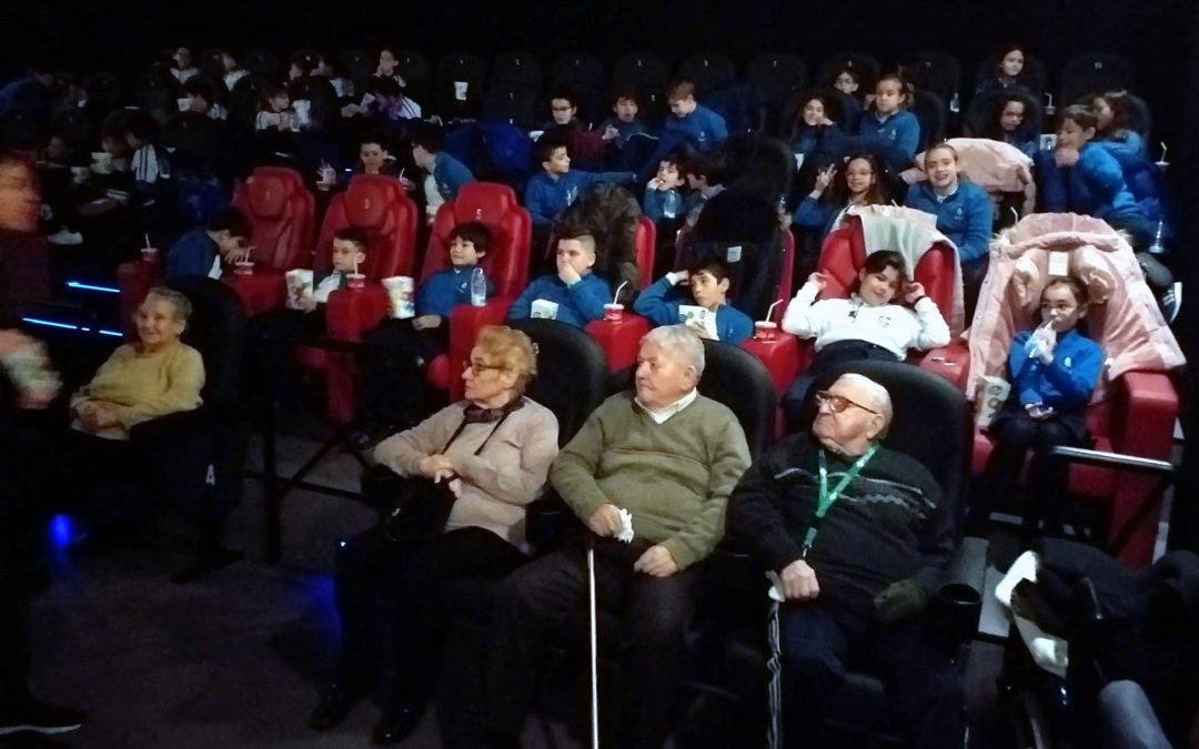 Al cine con los abuelos