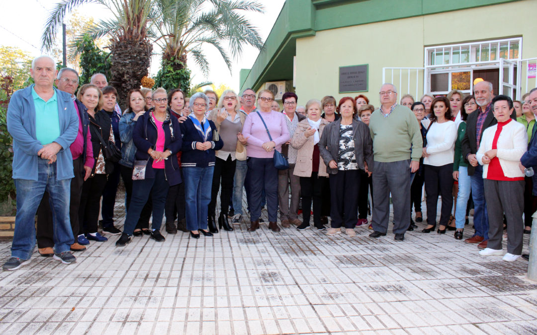 Más de mil firmas reivindican la vuelta de los talleres de mayores