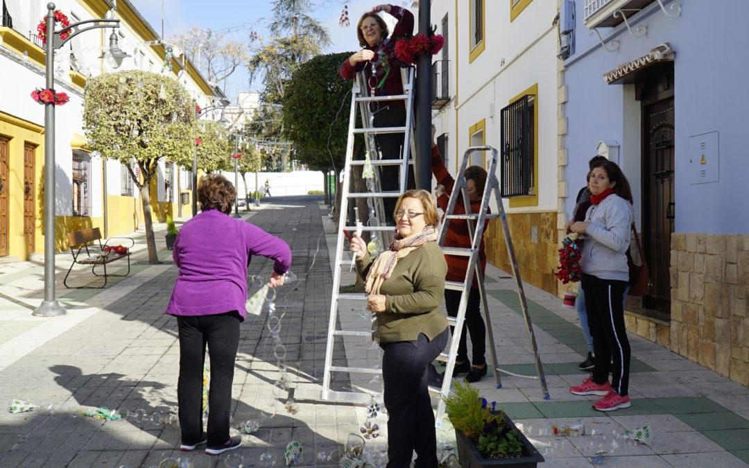 Los colectivos decoran las calles y rincones de Torredonjimeno