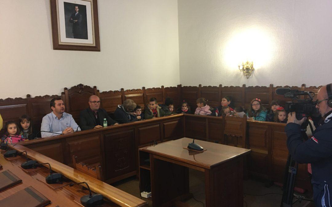 Los niños de San Roque y Martingordo transmiten sus preguntas al alcalde de Torredonjimeno