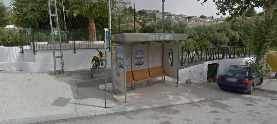 Noguerones y Bobadilla reclaman un transporte escolar digno