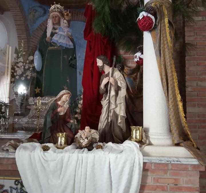 La Ermita de la Patrona torrecampeña luce su tradicional decoración navideña