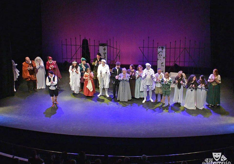 La solidaridad agota las entradas para el Teatro Municipal
