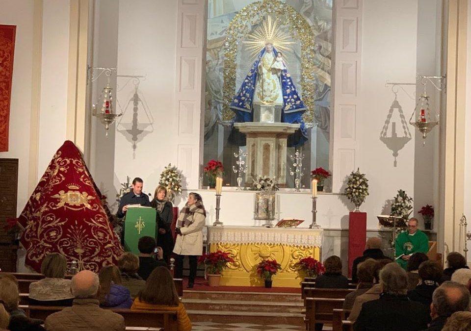 """Restauración del """"Manto Real"""" de la Virgen de la Fuensanta"""