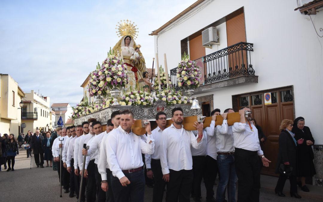 Marmolejo celebra las vísperas de la patrona con una gran fiesta popular
