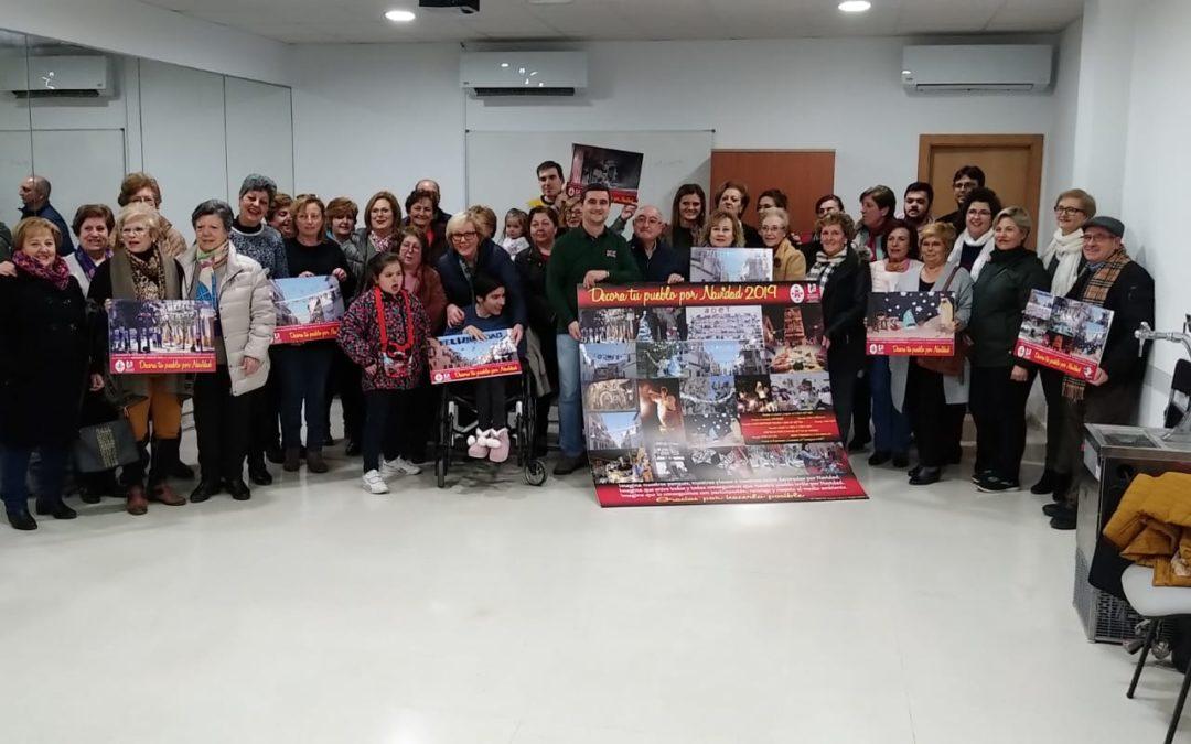 """Entregados los reconocimientos a los colectivos participantes en la iniciativa """"Decora tu pueblo por Navidad"""""""