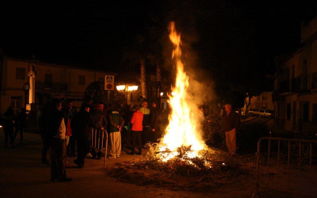 Noche de hogueras y tradición