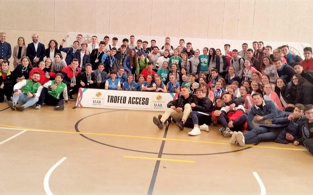 Buen papel de los institutos linarenses en el Trofeo Acceso de la Universidad