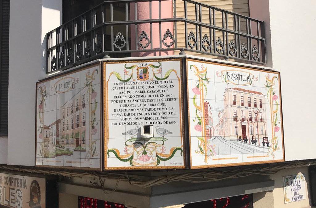 Colocado el segundo mural artístico que señaliza el antiguo Hotel Castilla