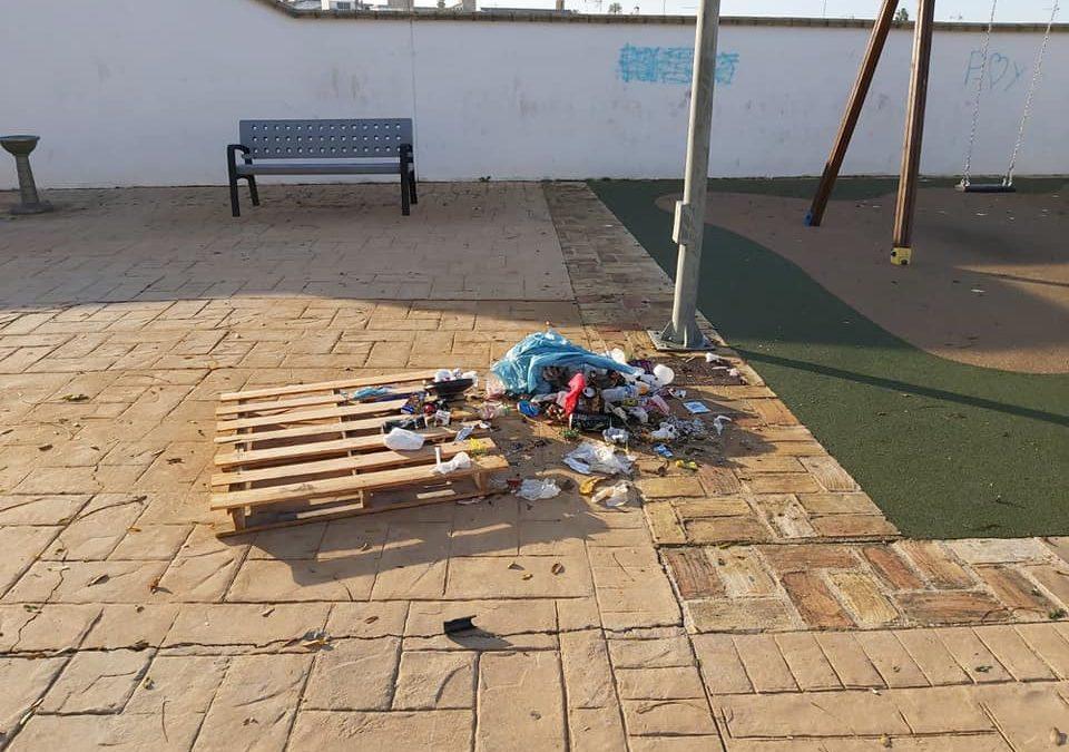 """Actos vandálicos en el parque del barrio """"El Sol"""""""