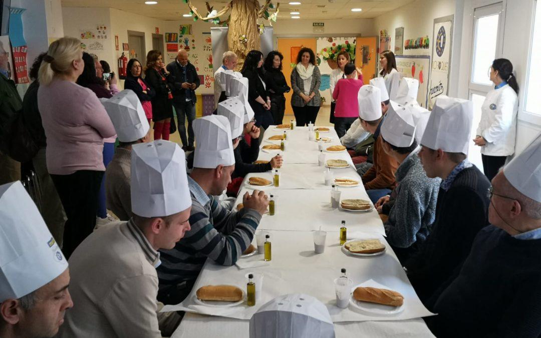 La Residencia Alhucema acoge la celebración del Día del gusto y del producto