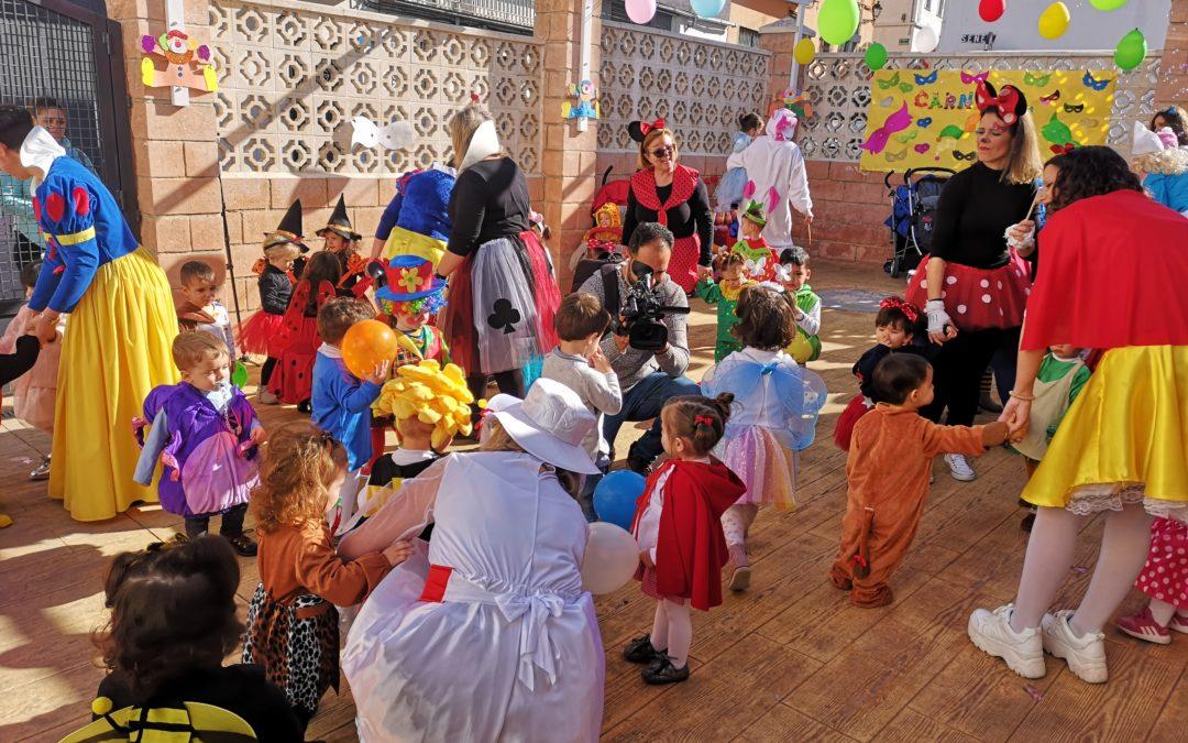Los peques de La Bañizuela celebran el Carnaval