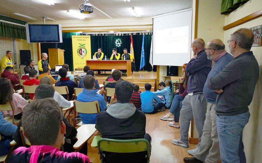 El Jaén Fútbol Sala celebra el 50 aniversario del IES Ciudad de Arjona