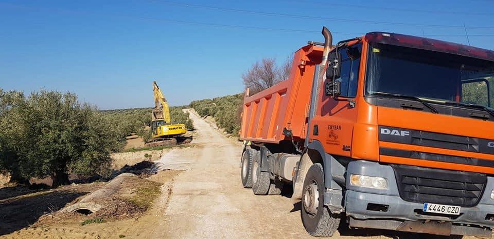 Actuaciones de mejora en los caminos del Río y las Pilillas