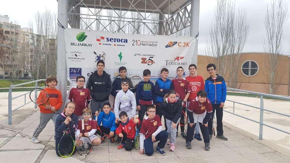 La Escuela Municipal de Frontenis de Torredelcampo bate récord de inscripciones este año