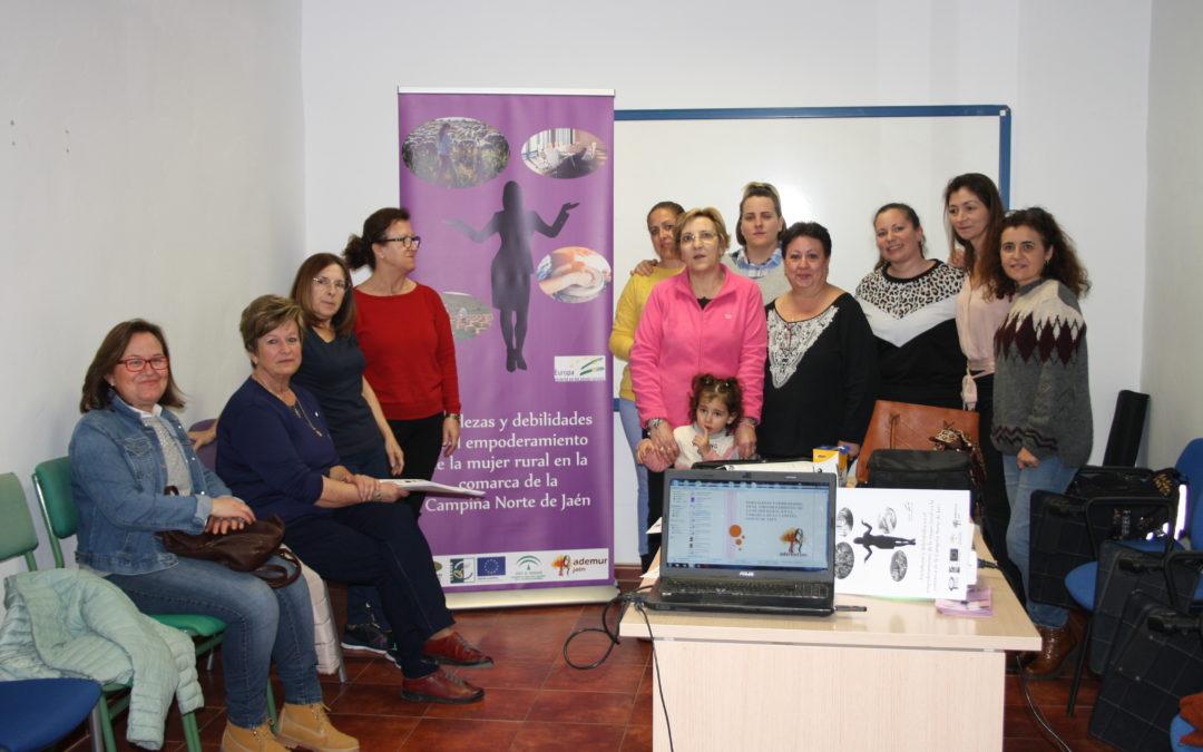 Villanueva acoge un taller de empoderamiento