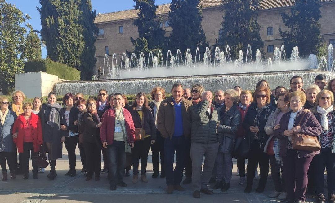 El grupo parroquial de las Penas visita en excursión Granada