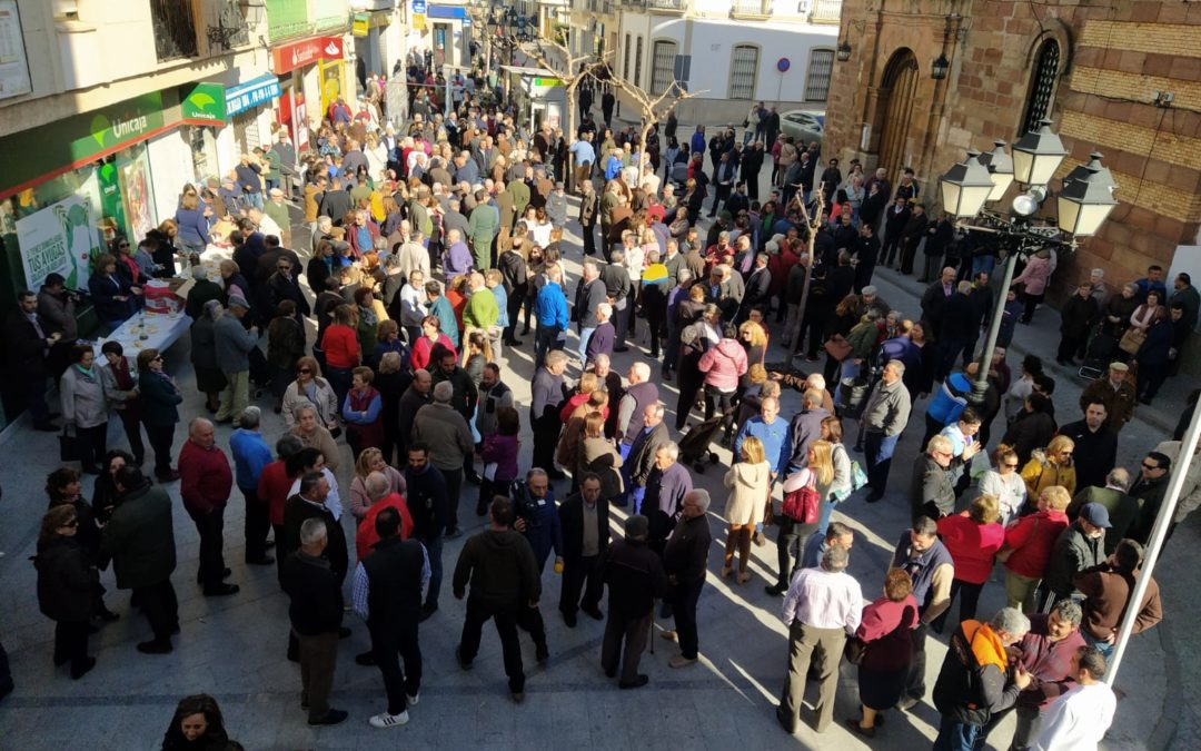 Apoyo masivo a las protestas de los aceituneros en Marmolejo