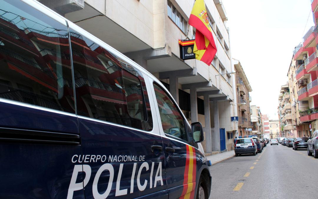 Detenido por escupir y agredir a policías en Linares