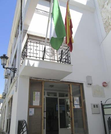 El PP pide que las banderas ondeen a media asta en el Ayuntamiento