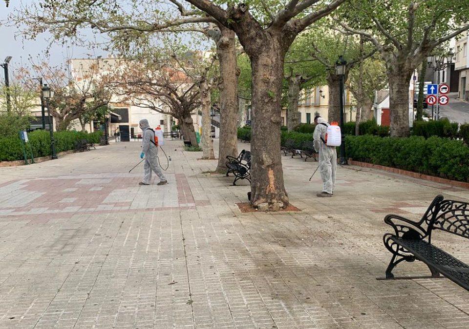 Desinfección de espacios públicos en Castillo de Locubín