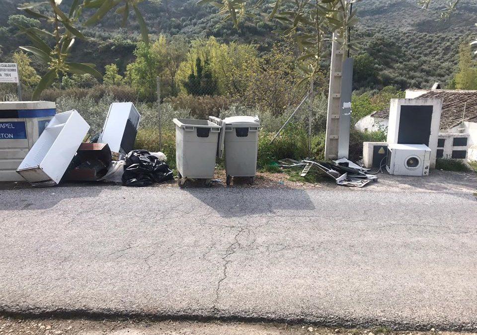 El Ayuntamiento acusa el incivismo de algunos vecinos