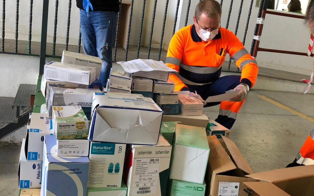 El IES Nuestra Señora de la Cabeza, la SAFA y la EI Los Romeros entregan material de protección a hospitales