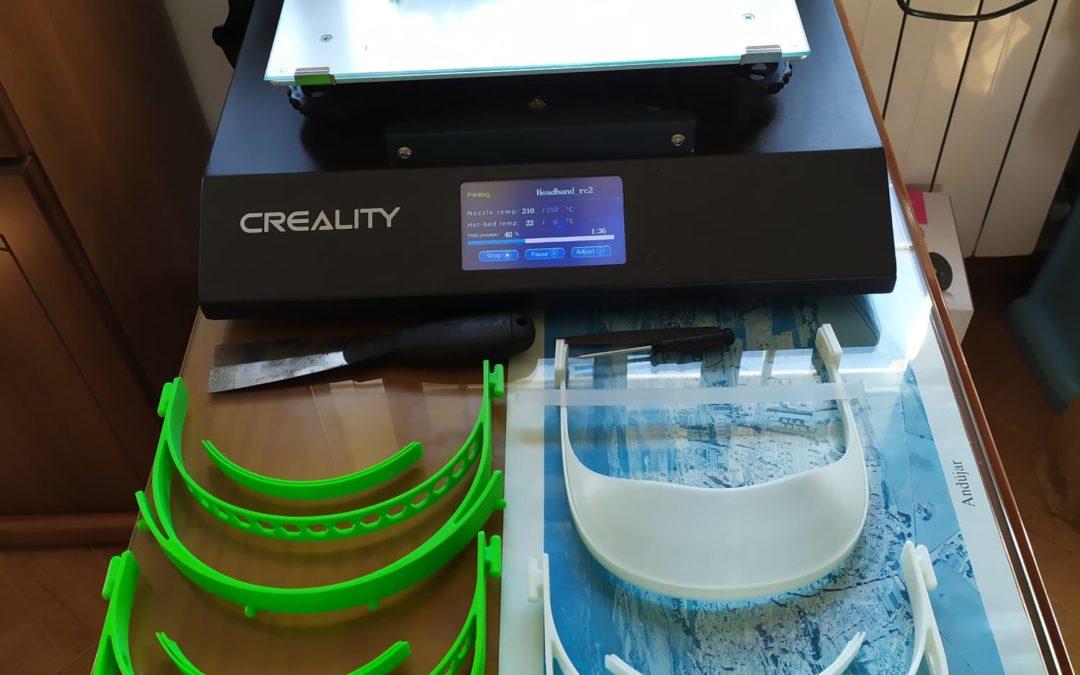 """Nace el grupo """"Viseras Andújar"""" para elaborar equipos de protección con impresoras 3D"""