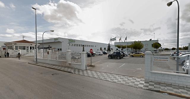 UJA y Valeo se unen para ofrecer formación universitaria a empleados del sector del plástico