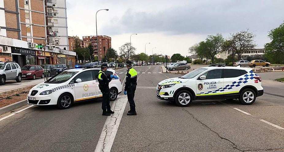 62 personas denunciadas este pasado fin de semana en Linares por hacer botellones