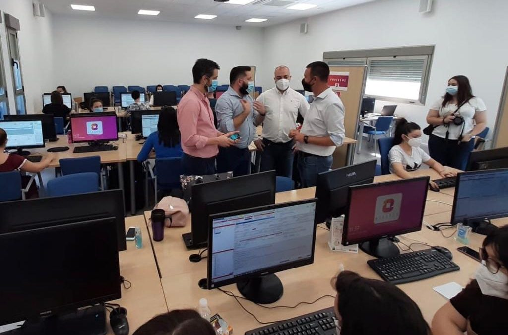 Ayudas de 1,4 millones de euros de Diputación para 60 empleos en dos empresas linarenses