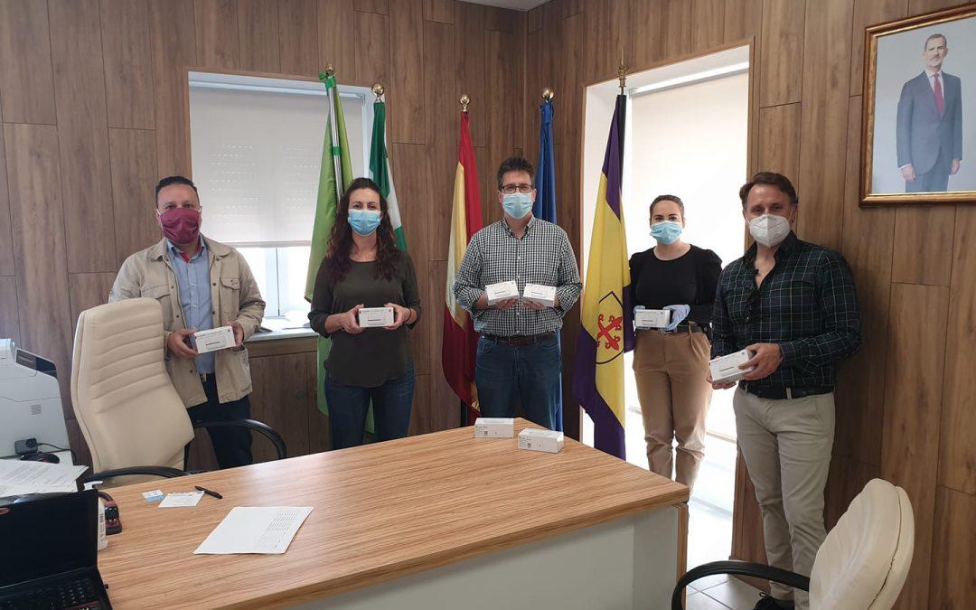 La Diputación de Jaén entrega routers wifi al Ayuntamiento de Jamilena para los alumnos con dificultades de conectividad