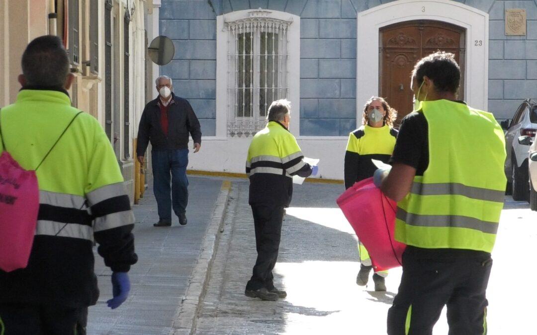 Ampliación | El Ayuntamiento inicia el reparto de mascarillas lavables y reutilizables a todos los ciudadanos