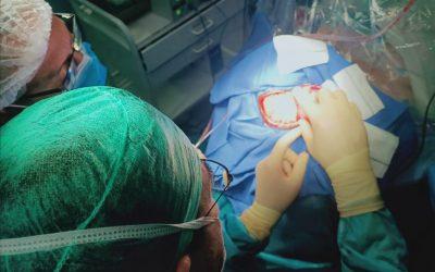 El Hospital de Jaén acoge la primera operación craneal en paciente despierta