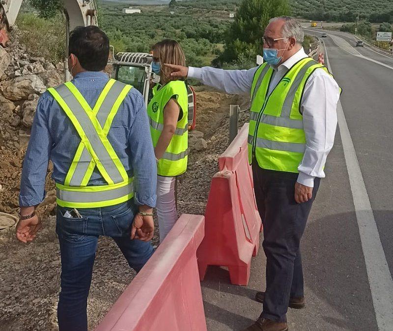 La Junta acomete obras de mejora en la carretera entre Torredonjimeno y Porcuna