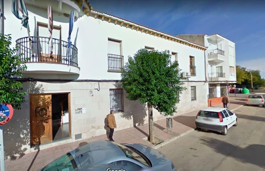 Rifirrafe en la Estación de Linares-Baeza a cuenta de la apertura de instalaciones deportivas