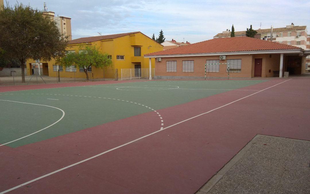 Padres del Marqueses de Linares protestan por la clase de 25 niños de tres años que accede este curso al centro