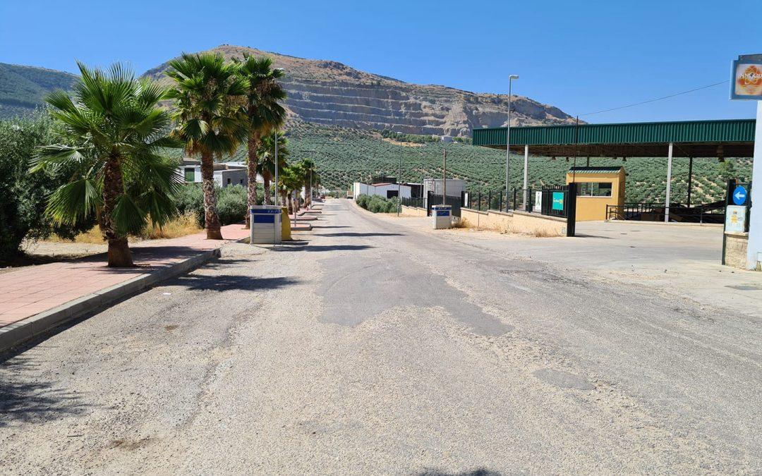 Comienzan las obras de asfaltado de la Avenida de Torredonjimeno