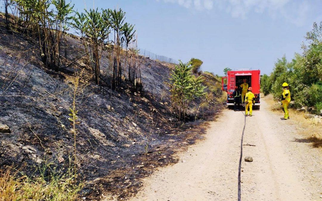 El Servicio de Prevención, Extinción de Incendios y Salvamento del Ayuntamiento de Jaén acudió a un incendio de la Vía Verde